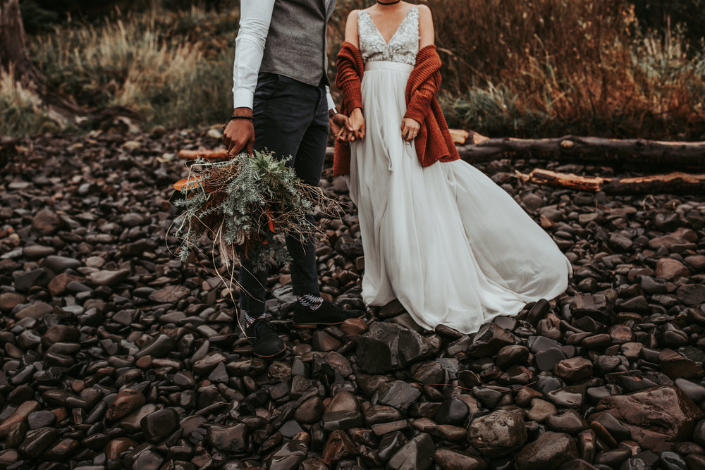 Oregon Engagement and elopement photographers (61).jpg