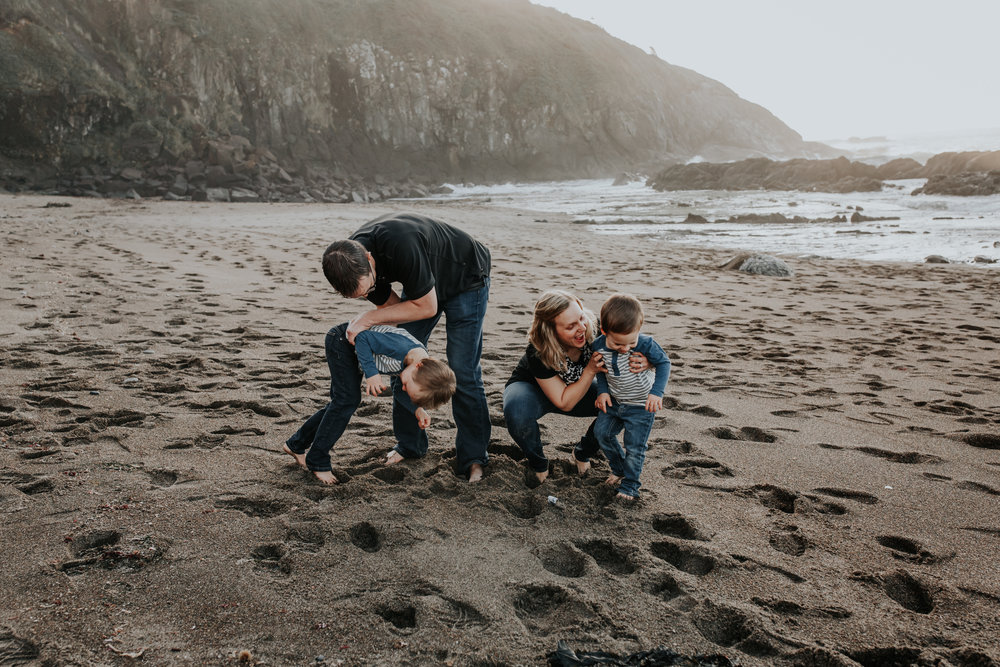 Oregon Coast Family Photographer (91).jpg