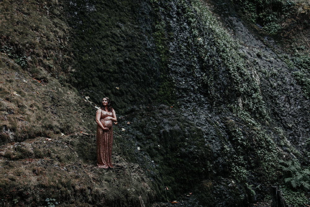 Oregon Coast Maternity Photographer (29).jpg
