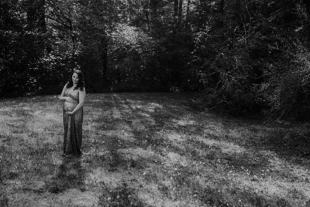 Oregon Coast Maternity Photographer (63).jpg