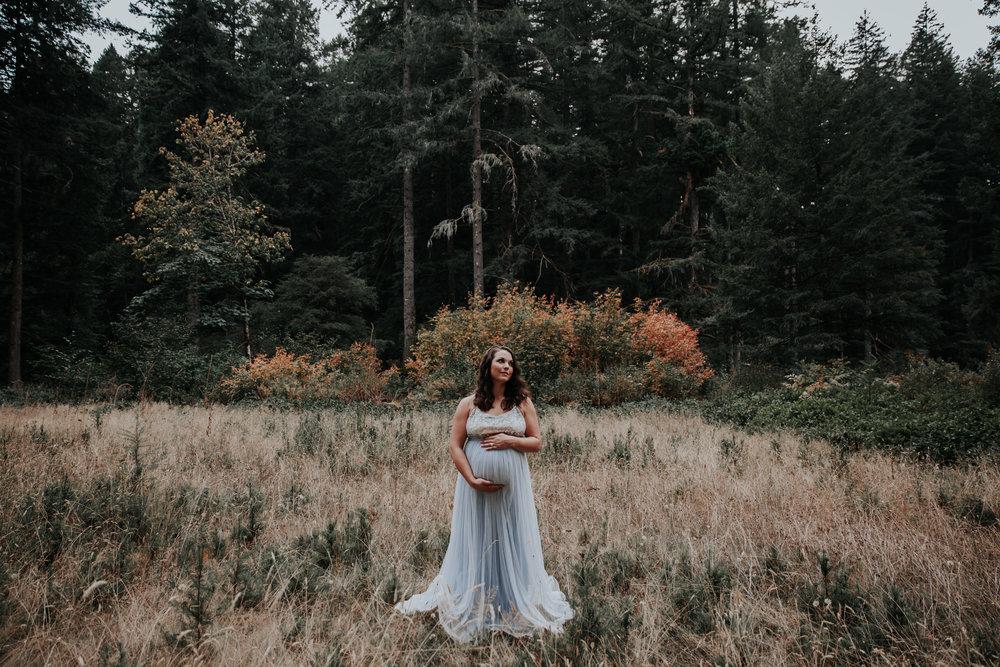 Oregon Coast Maternity Photographer (138).jpg