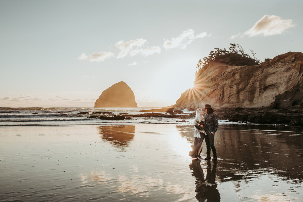Oregon Coast Engagement Session (3).jpg