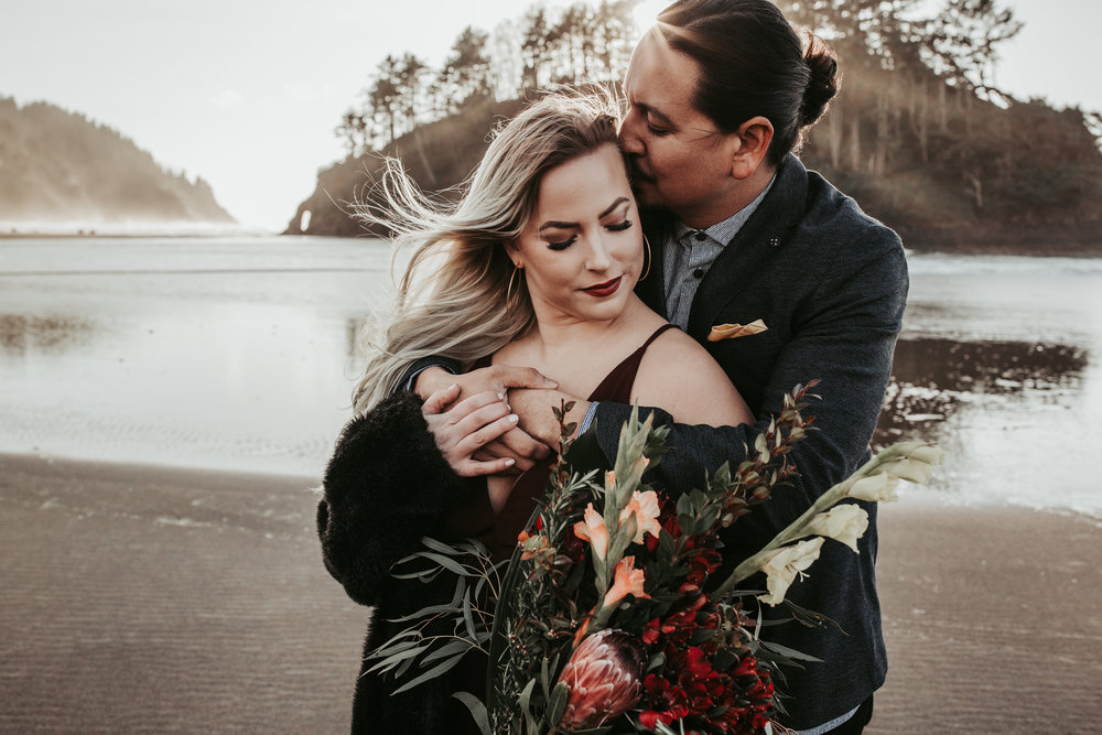 Oregon Coast Wedding Photographer (9).jpg