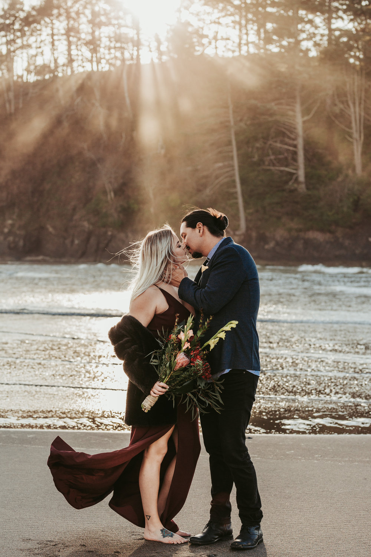 Oregon Coast Wedding Photographer (3).jpg