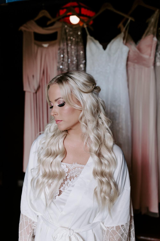 Rustic Bloom Photography | Wedding Makeup Inspiration | Oregon Wedding Venue