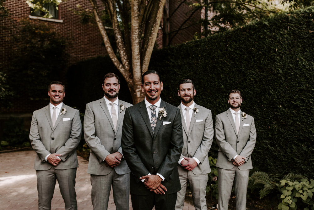 Rustic Bloom Photography | Groom Style Inspiration | McMenamins Grand Lodge