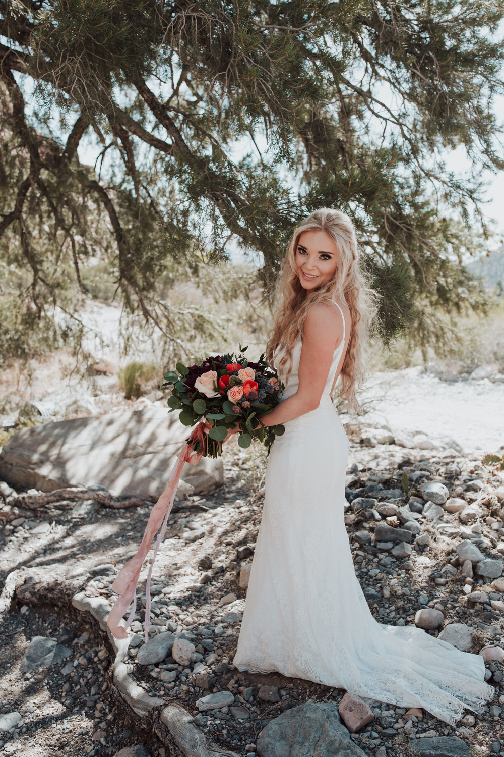Rustic Bloom Photography | Wedding Bouquet Inspiration | Oregon Destination Photographer