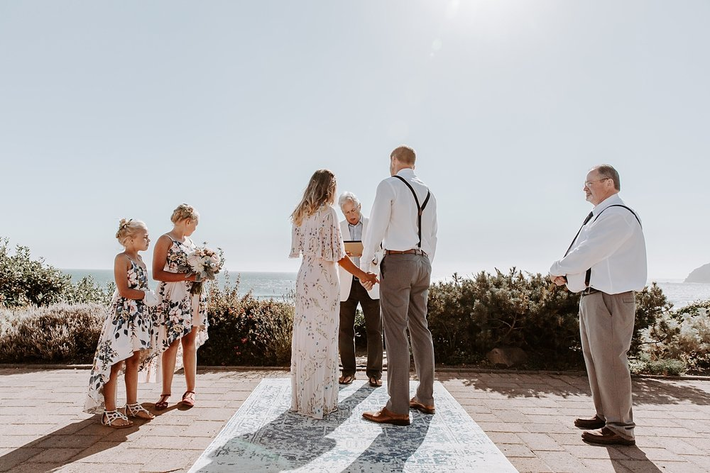 Oregon Coast Wedding Photograoher (51).jpg