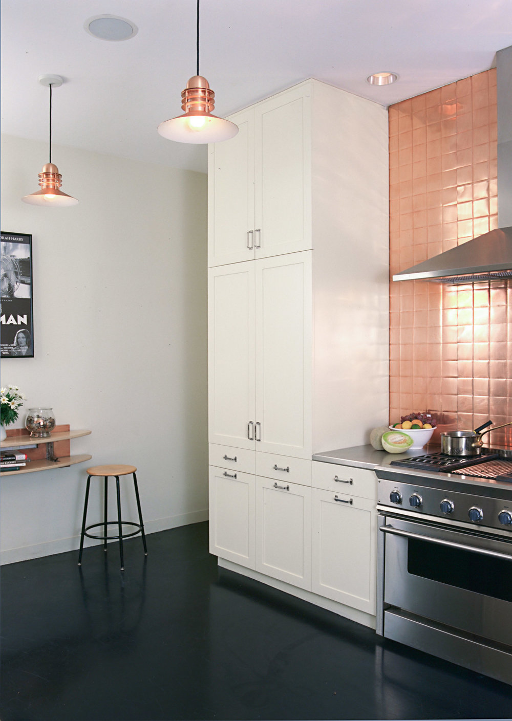 M563 Kitchen - 4BC4CD46EB544F6F_cr.jpg