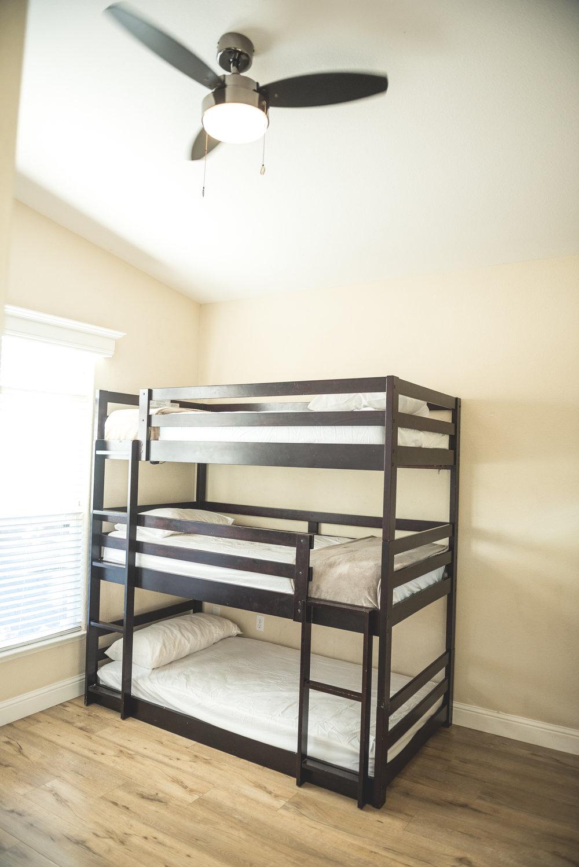 Bedroom with bunks.jpg