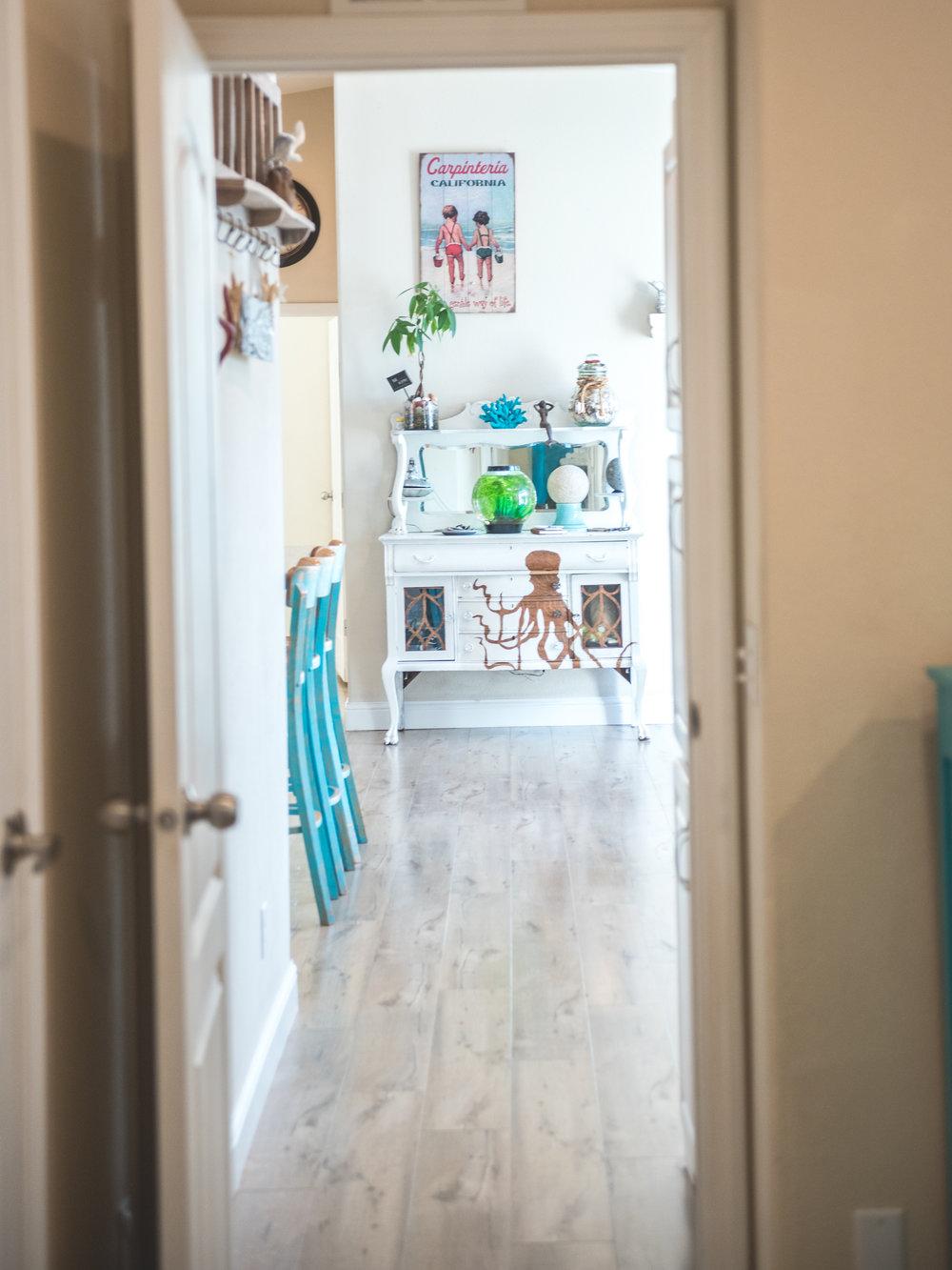 Looking into Kitchen.jpg