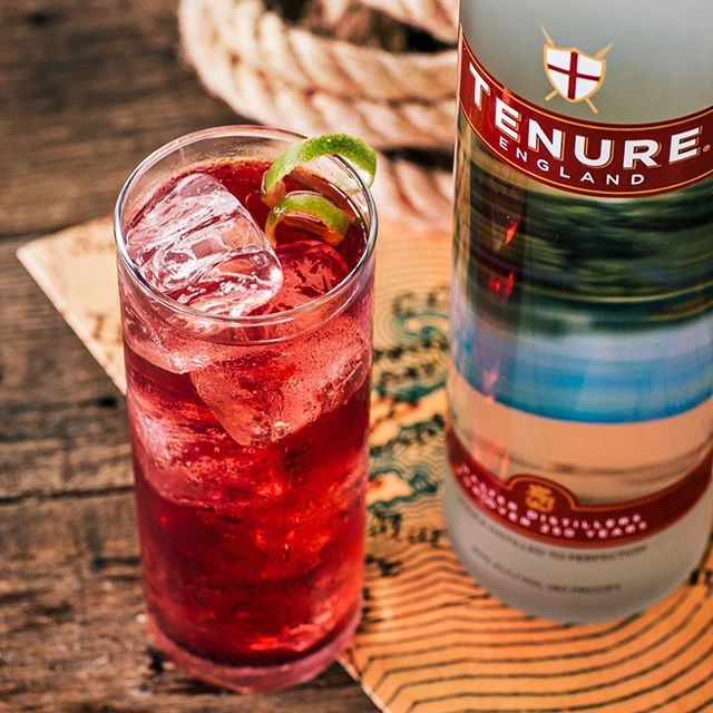 A Massachusetts mainstay: . . The Cape Codder. 1-½ part #TenureEngland Vodka 3 parts cranberry juice Lime peel for garnish Build in a collins glass over ice. #Tenure #Vodka #CocktailRecipe