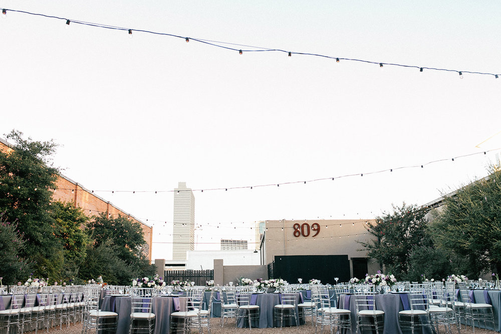 809 AT VICKERY FORT WORTH WEDDING VENUE