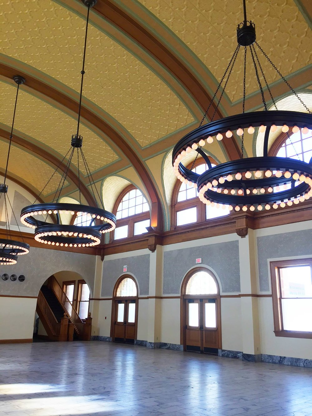 Fort worth wedding venue Ashton Depot large chandeliers