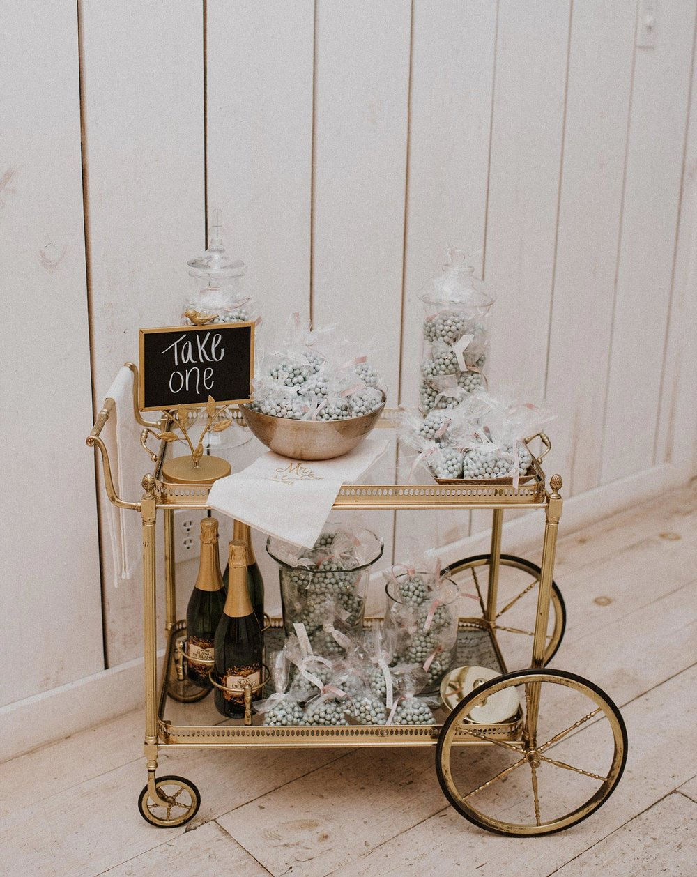 White Sparrow Barn candy cart for wedding favor