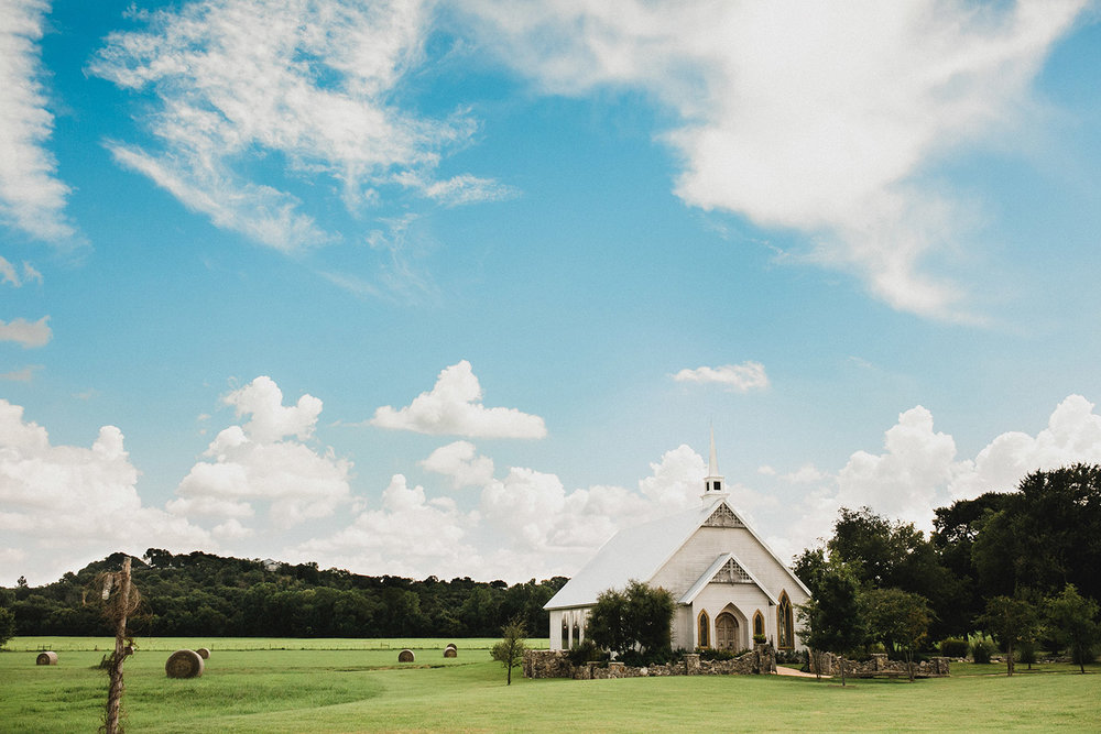 Fort Worth wedding venue Brooks at Weatherford property and white chapel
