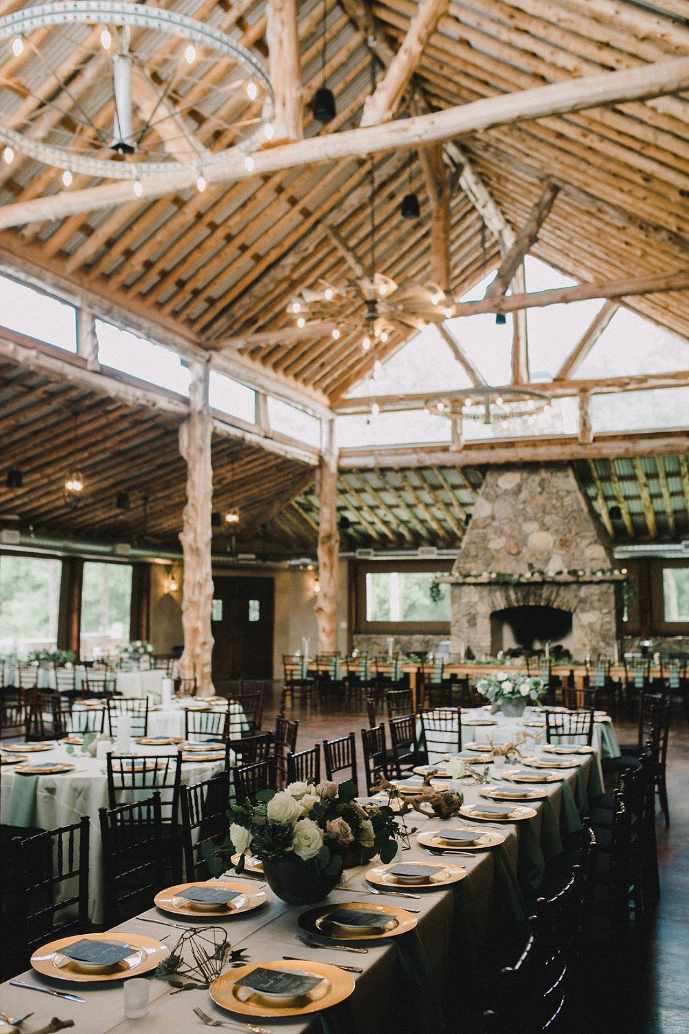 Organic wedding reception at the Brooks at weatherford with white table cloths and greenery
