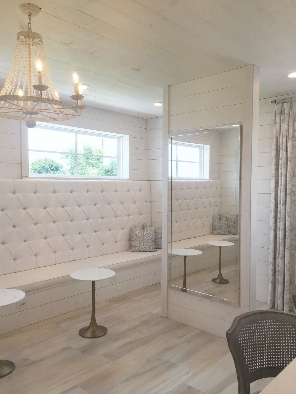 The Nest at Ruth Farms Bridal Suite Seating Area