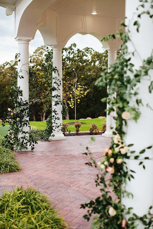 Parker Manor wedding ceremony alter