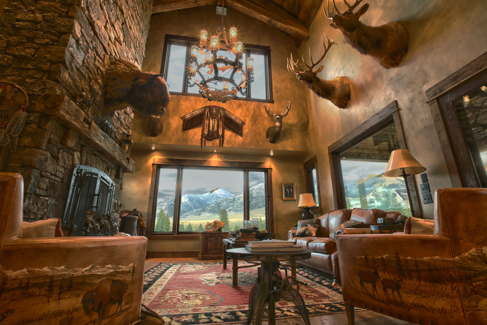 Sun Ranch cabin great room.JPG