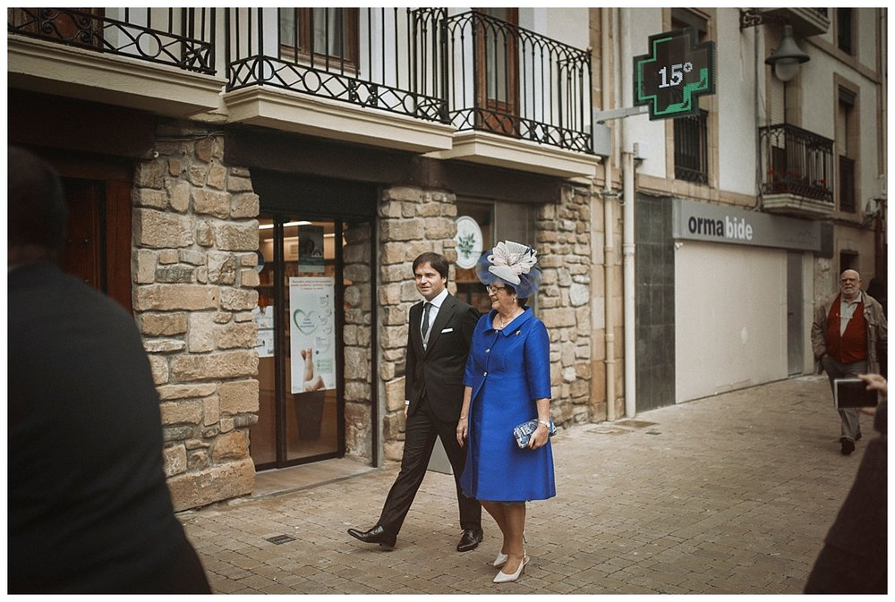 Inhar-Mutiozabal-Wedding-Photographer-Fotografo-Bodas-Zarautz_0019.jpg