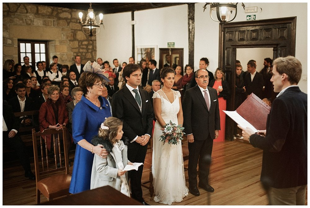 Inhar-Mutiozabal-Wedding-Photographer-Fotografo-Bodas-Zarautz_0024.jpg