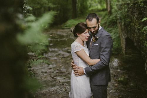 NEREA ARGOTE - Visité su web y supe que era lo que estaba buscando. Estoy encantada con el trabajo de Inhar. Es una persona que cuida mucho los detalles, muy atento, hace que te sientas muy cómoda y el resultado es increíble, tiene mucho gusto. Recomendaría a Inhar a cualquiera que quiera tener un recuerdo especial del día de su boda.