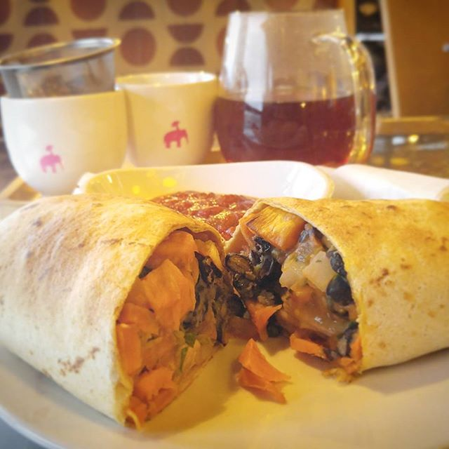 #productive #meeting at #kaldis #coffee #vegan #breakfast #burrito #sweetpotato #blackbean #salsa #firepot #breakfasttea #earth #warmth #delicious #vegans #stl #stlvegan #love #veganlife #vegansofig #veganfood #veganbreakfast #teas #tea #cherry #notes #delicious @kaldis_coffee
