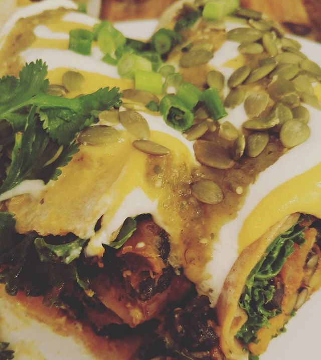 #luluslocaleatery @luluslocaleatery #enchiladas #vegan #Mexican #food #veganfood #delicious #yum #butternutsquash #blackbeans #pumpkin #seeds #plants #eatthis #whatveganseat #vegansofig #vegans #veganlife #gig #fare #vegancheese #nodairy #friends #mexicanfood #stl #stlvegan