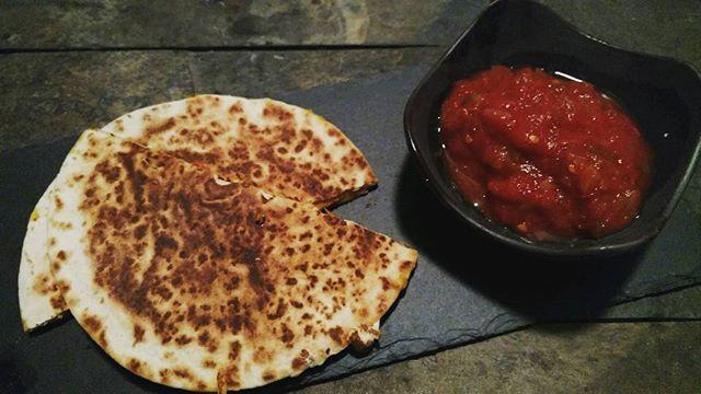#vegan #quesadilla #daiya #pepperjack #cheese #salsa #mexican #food #veganmexican #vegansofig #vegans #yum #delicious #veganlife #eatthis #life #love #slate #stl #stlvegan