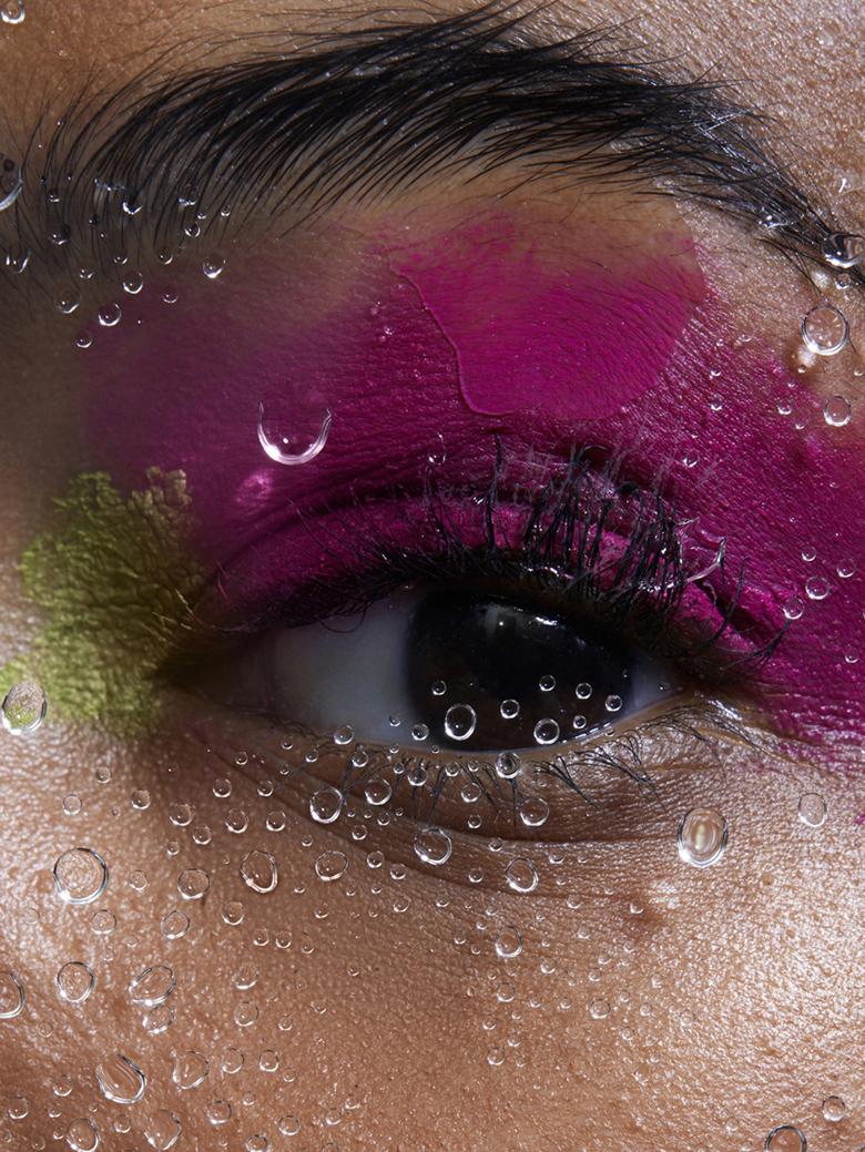 Pink eye close.jpg