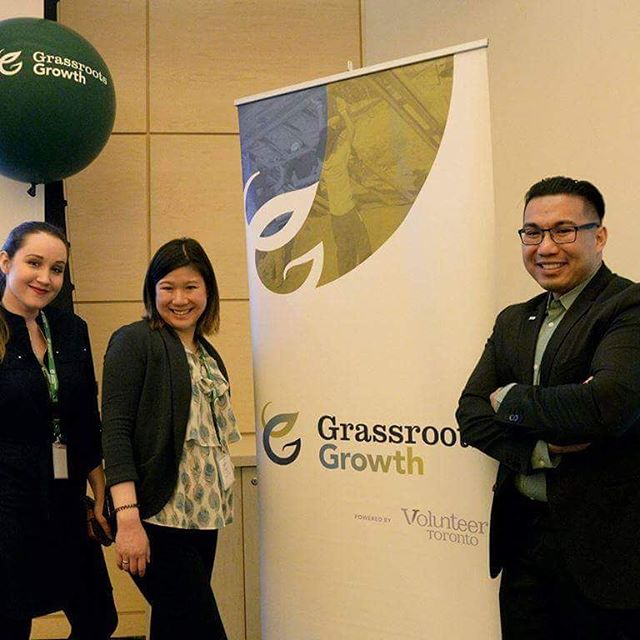 That's a wrap for the Grassroots Growth Project team! It's out last day @volunteertoronto office. @clairemcwatt @lourozmercader  @jppnomnomnom  Keep dreaming, connecting with @grassroots_growth www.grassrootgrowth.ca . . . #grassootsweek #volunteers #volunteering #volunteerTO #nonprofit #charity #leaders #leadership #community #citybuilding #mood #domoregood #family #fitfam #friends #leaders #leadership #socialjustice #youth #sports #culture #fitfam #environment #Toronto #tdot #the6ix #the6 #torontolife #grassrootsgrowth
