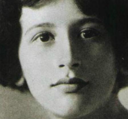 Simone_Weil_1921.jpg