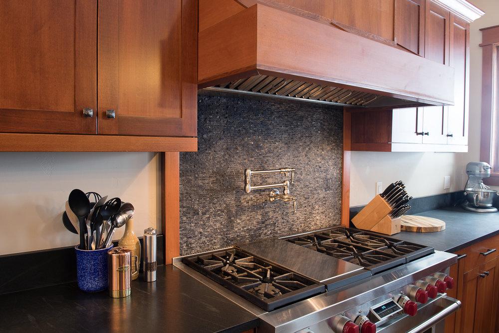 Woodworks-West-Bozeman-Montana-Builder-Cabinetry-Remodel-New-Construction-3545.jpg