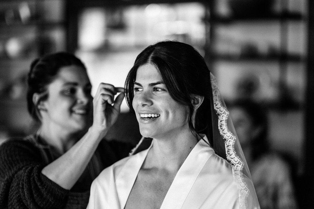 Intimate & Modern Jewish Pacifica Wedding 39.jpg