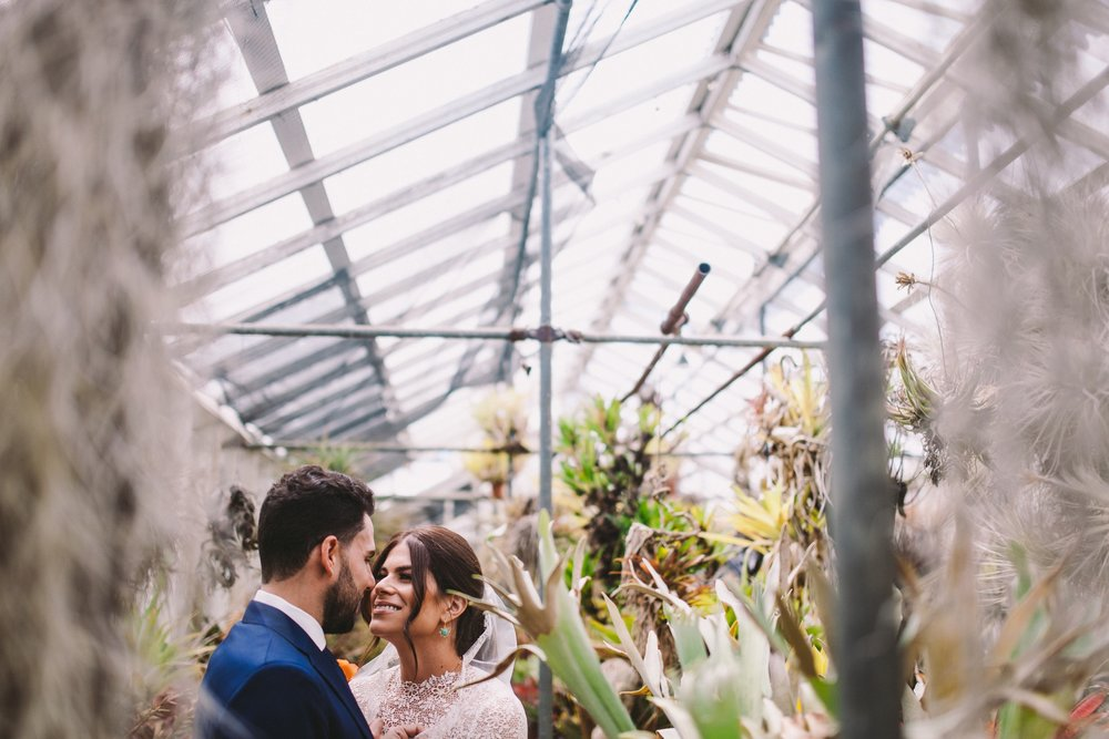 Modern Jewish Wedding at the Shelldance Orchid Gardens Pacifica