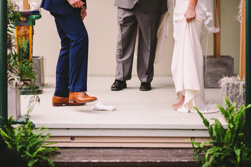 Breaking the Glass Jewish Tradition Shelldance Orchid Gardens Wedding