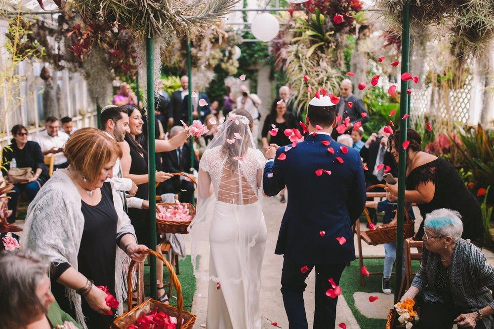 Rose Petal Confetti in Shelldance Orchid Gardens Modern Jewish Wedding