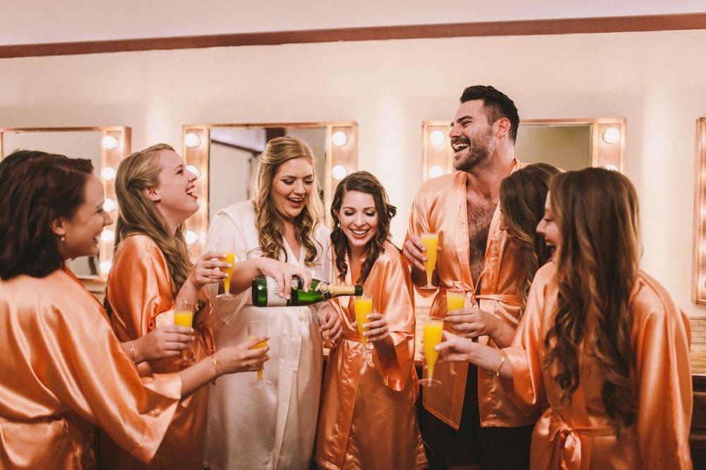 Bridesman Matching Robes with Bridesmaids Wedding Prep Shots