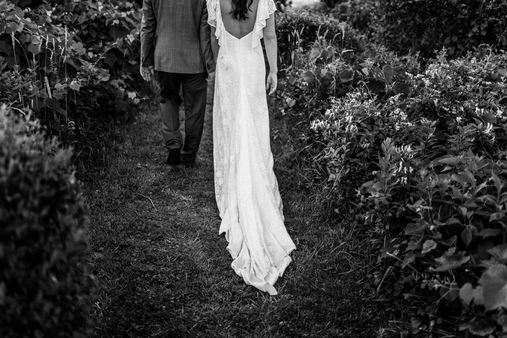 Martha's Vineyard Backyard Wedding Photography 128.jpg