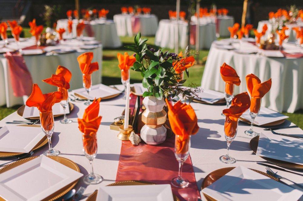 Orange & Pink Wedding Theme - Pink Table Runners & Orange Napkins - Glam Decor Rentals Fresno