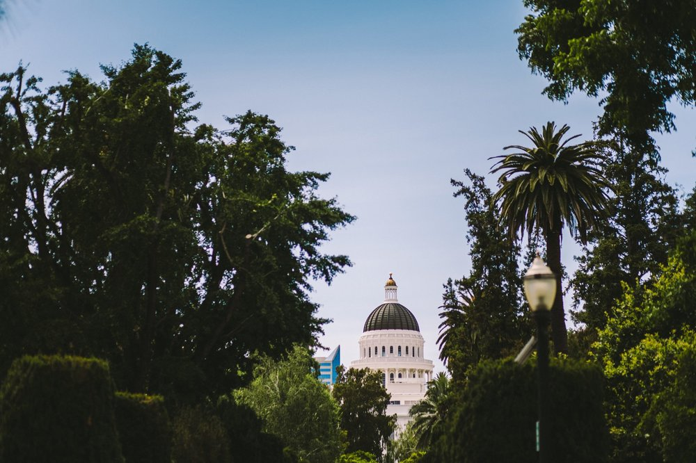 Sacramento Sutter Club & Capitol Building Wedding-2.jpg