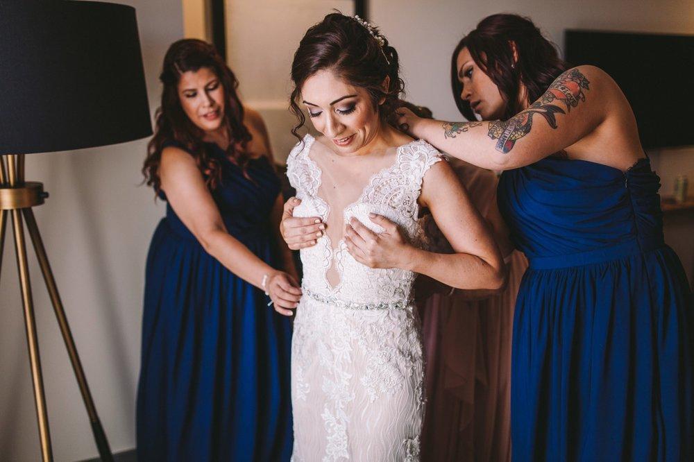 Sacramento Sutter Club & Capitol Building Wedding-17.jpg