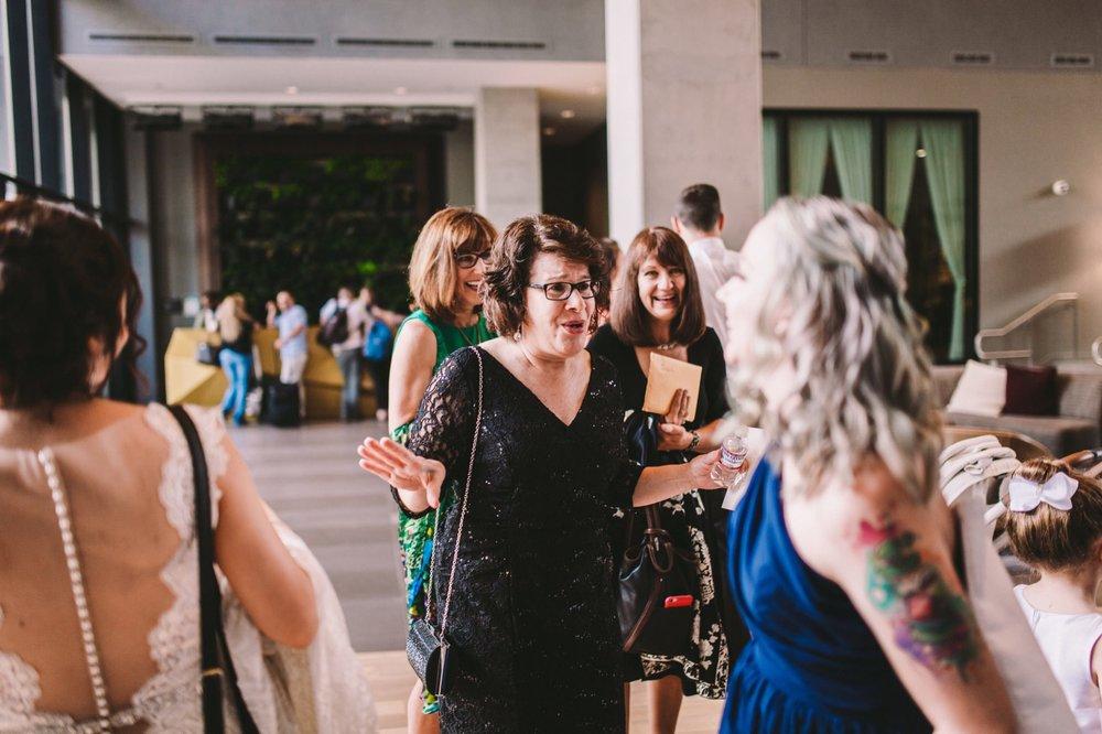Sacramento Sutter Club & Capitol Building Wedding-27.jpg