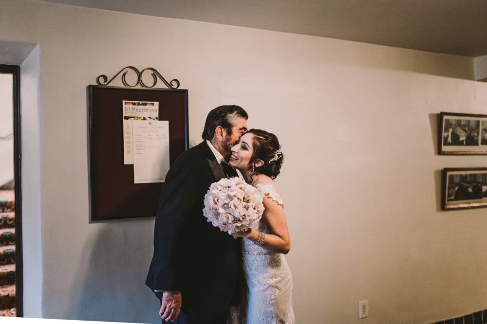 Sacramento Sutter Club & Capitol Building Wedding-76.jpg