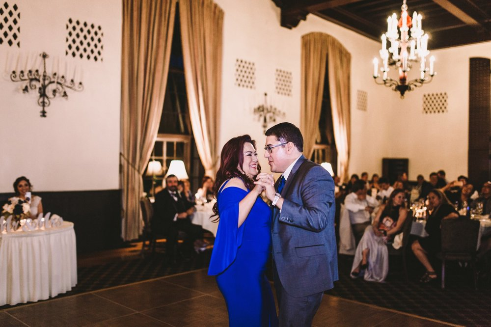 Sacramento Sutter Club & Capitol Building Wedding Photography-692.jpg