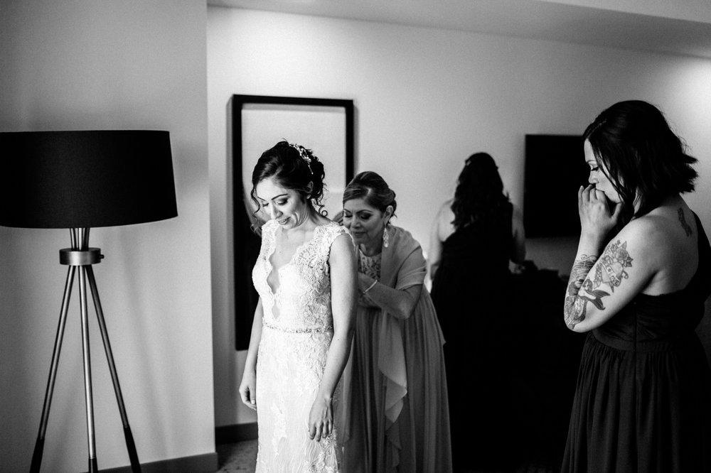 Sacramento Sutter Club & Capitol Building Wedding Photography-63.jpg