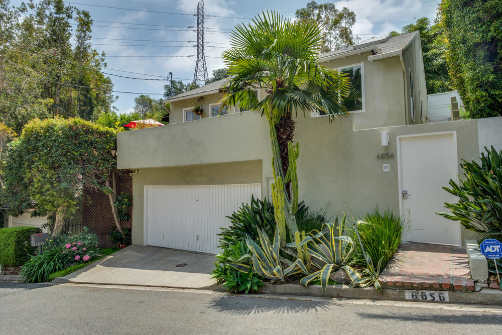 6856 Sunny Cove Los Angeles CA-large-021-18-6856 Sunny Cove22-1500x1000-72dpi.jpg
