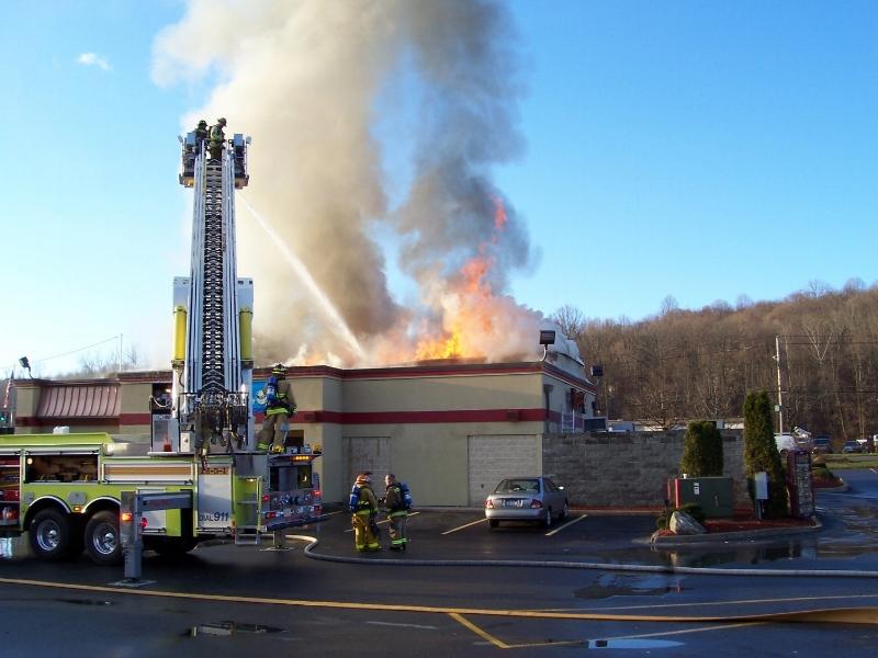 """""""Wendy's"""" of Carmel fire."""