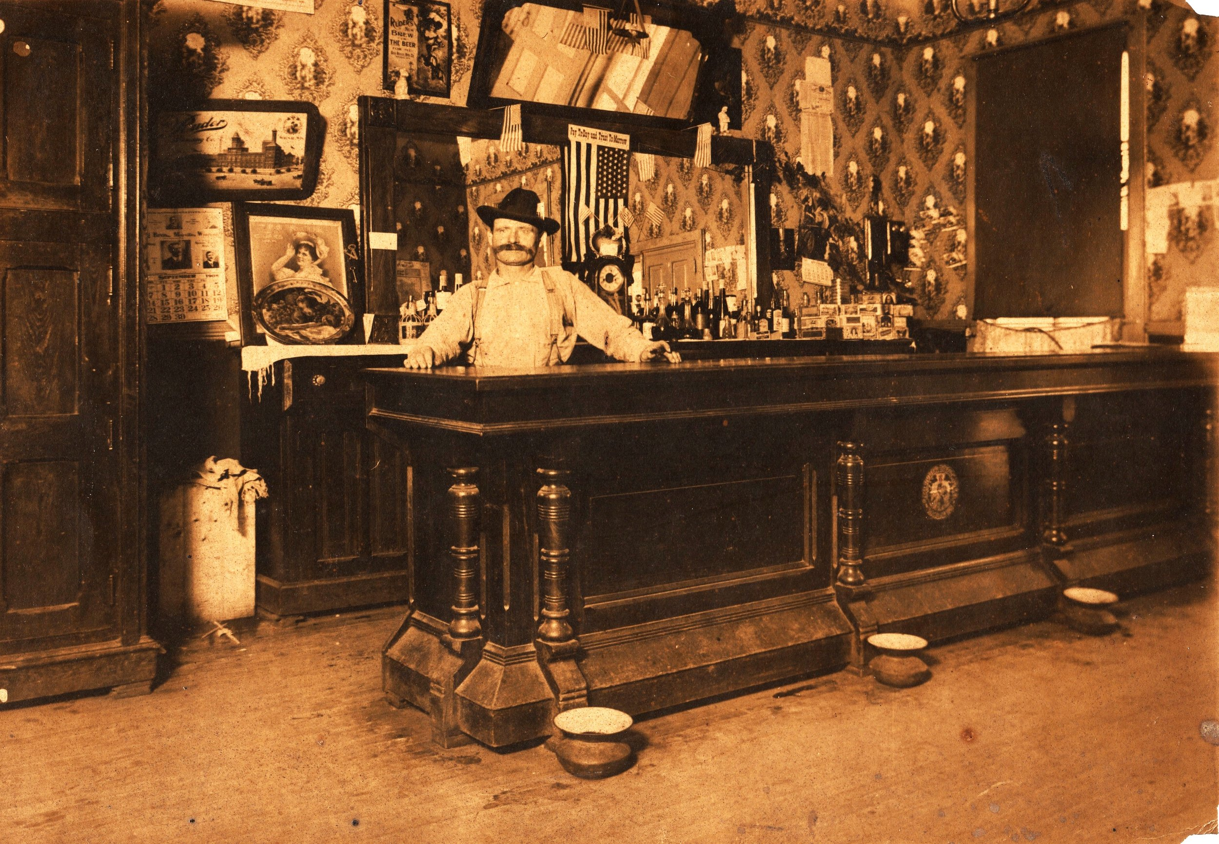 williamschmidtsaloon1908_cropped